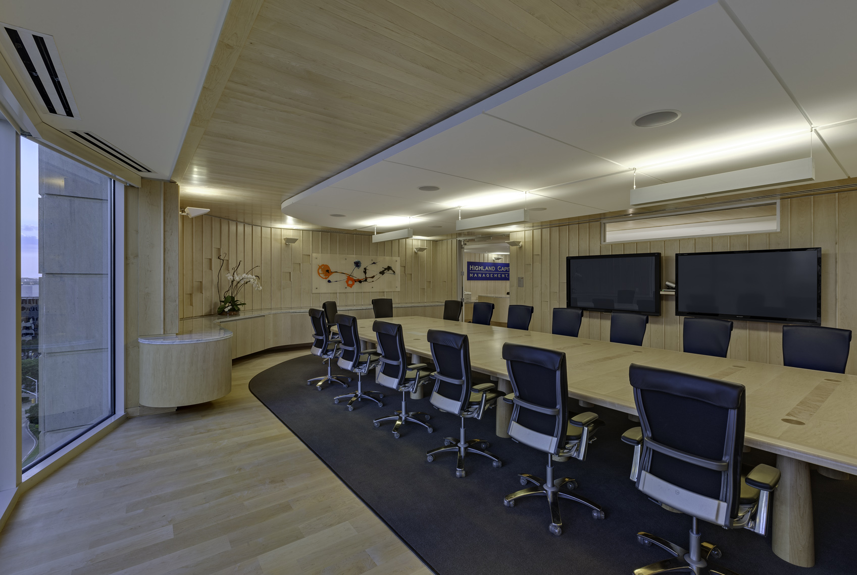 HighlandCapital_interior_05